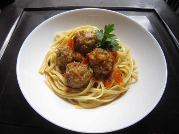 Meatballs spaghetti 1