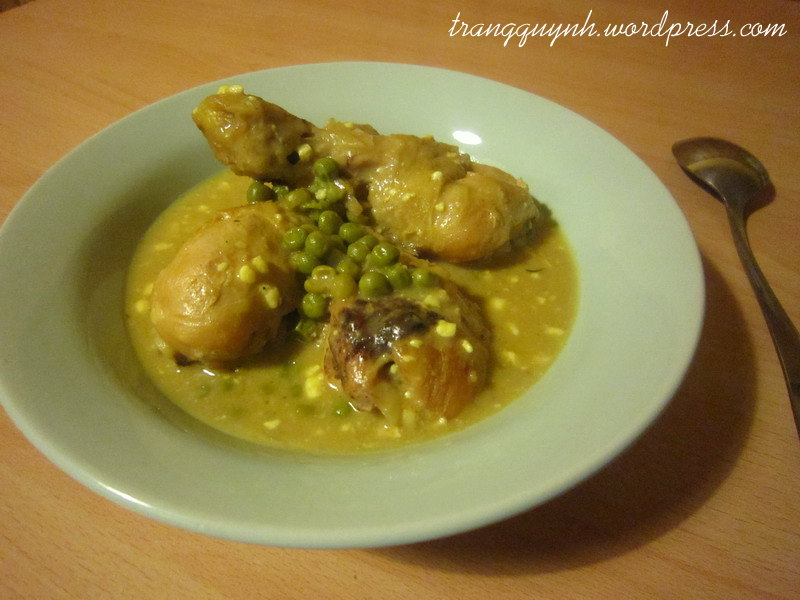 Curried chicken legs with peas 1