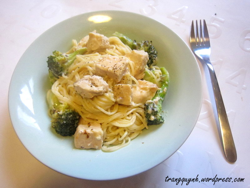 Chicken broccoli alfredo 1