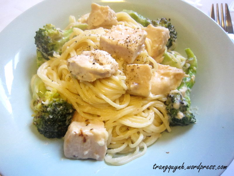 Chicken broccoli alfredo 2