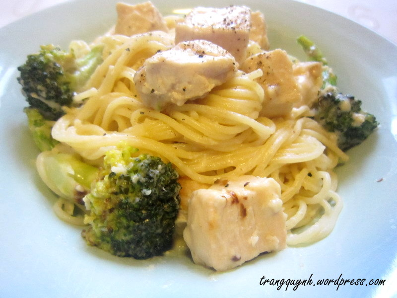 Chicken broccoli alfredo 3